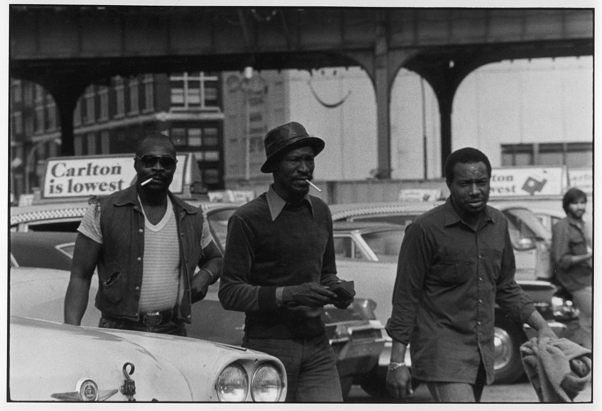 Otis, Al and Roosevelt, coming in, silver gelatin print by Peter Donahoe