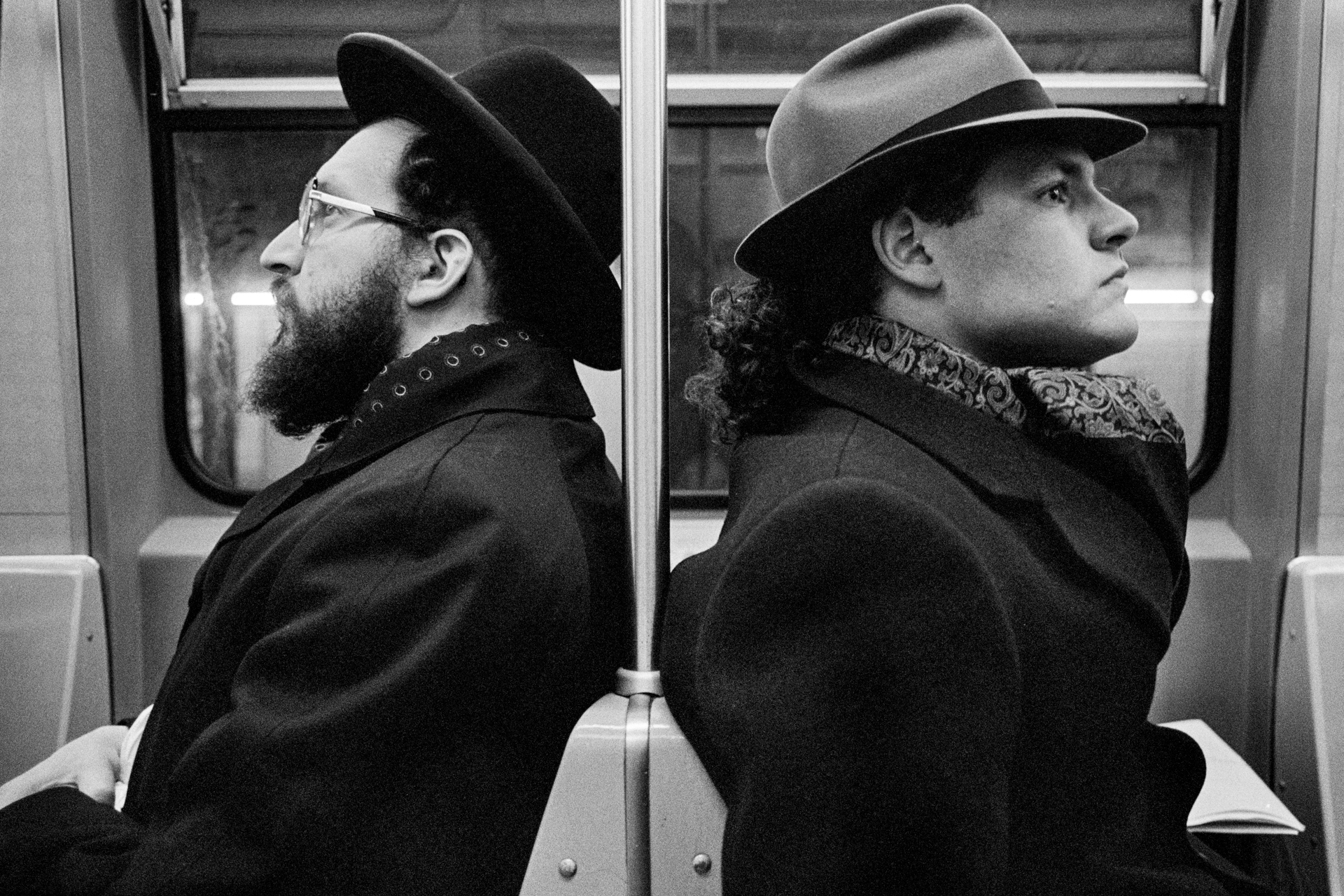 Hasid and Hipster, NYC 2001, silver gelatin print by Richard Sandler