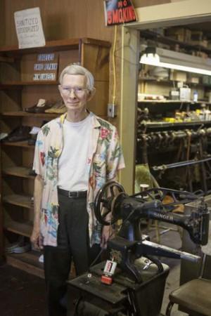 Kay Westhues, Bob Edgell, Edgell's Shoe Shop Knox IN