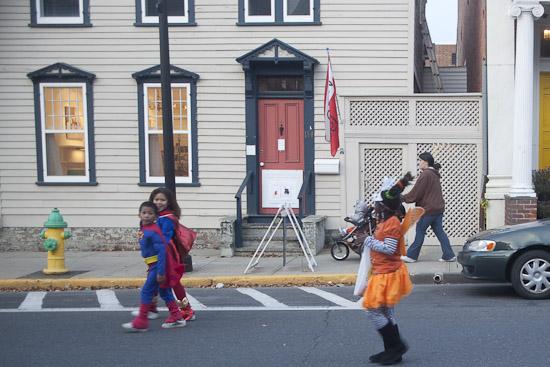 Parade passes Davis Orton Gallery, 114 Warren Street