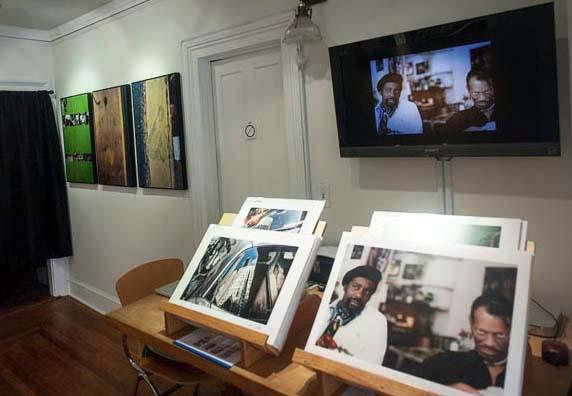 Current Showcase: Portfolios by David Curtis and My Shapiro