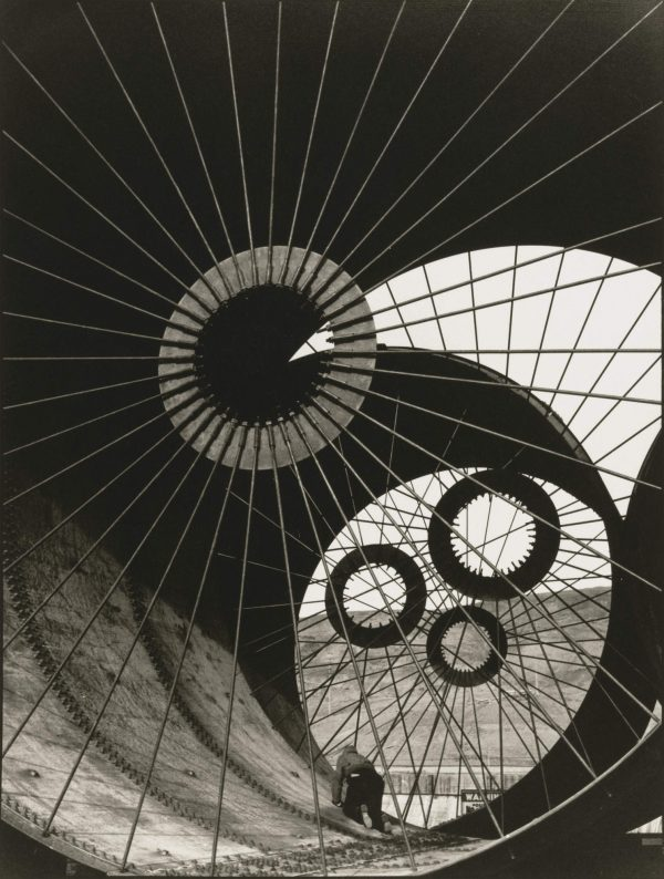 margaret-bourke-white-wind-tunnel-construction-fort-peck-dam-montana-1936-copy