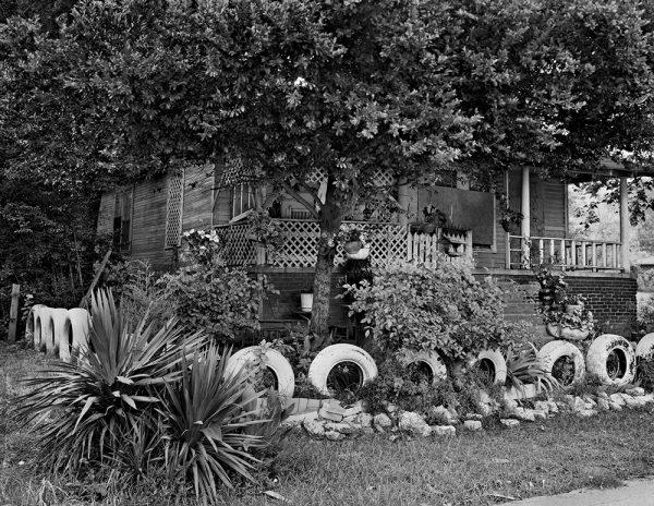Eula Mary Owen's Yard, Jackson, Mississippi, 2001