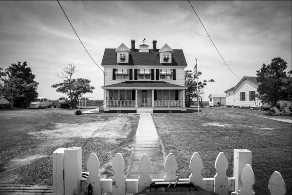 photo, H Jennings Sheffield, White Picket Fence